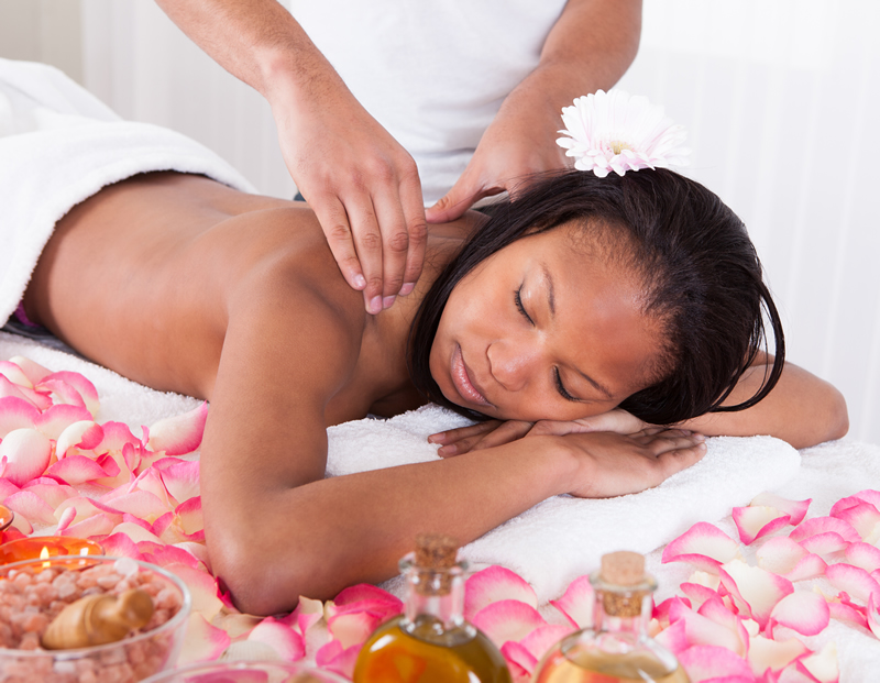 A medical massage therapy treatment, available in our Plainview, Hempstead and Great Neck offices, can help with pain in specific areas of the body naturally.